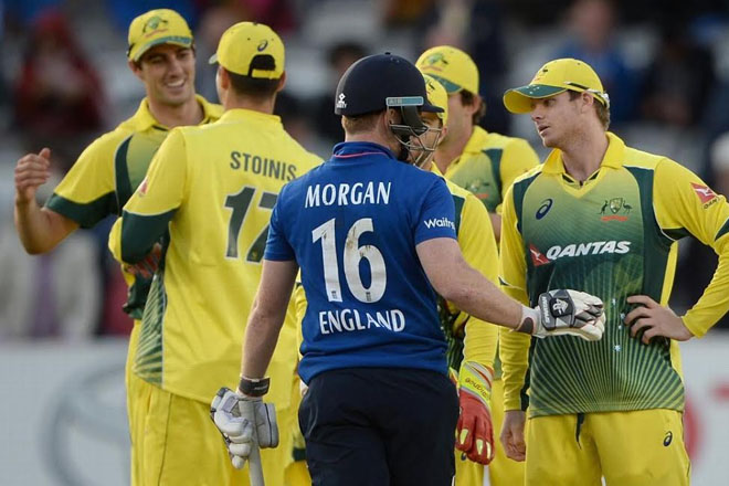 Australia win after Stokes given obstructing the field