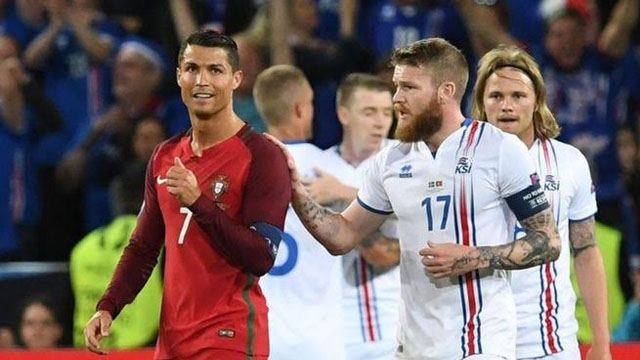 Euro 2016: Fans get shirty over Ronaldo snub