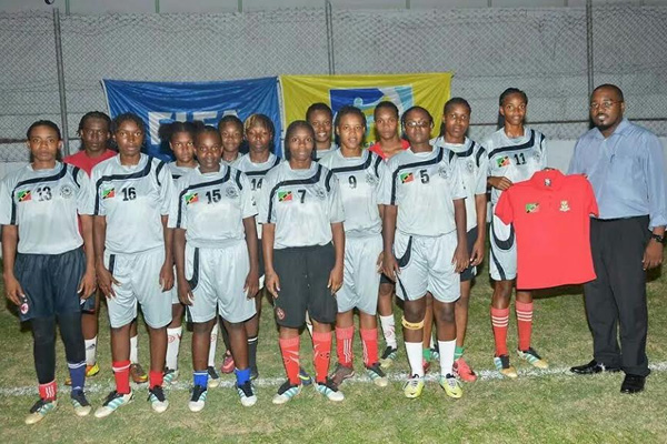 Gilbert makes donation to SKN National Women's Football Team