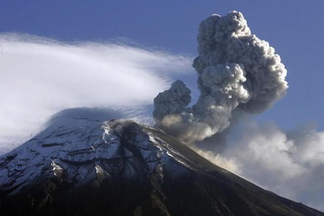 Volcanic Eruption in Ecuador