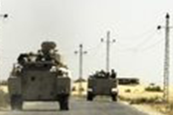 Egyptian troops die in Sinai bomb attack