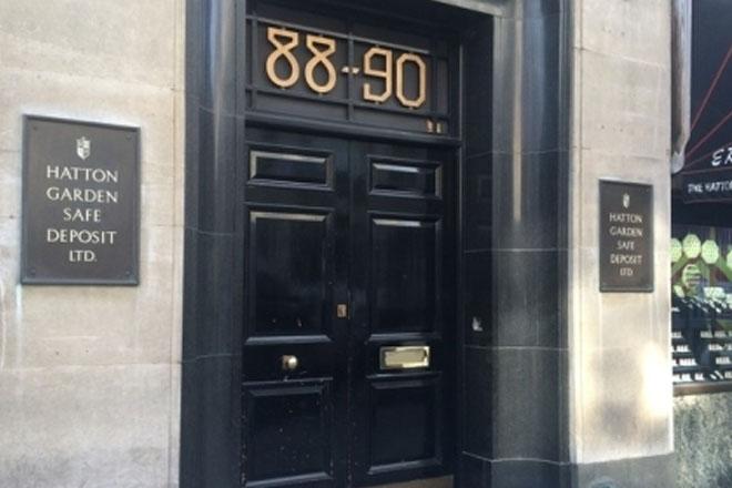 Thieves raid 300 deposit boxes in London diamond quarter heist