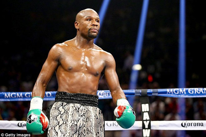 Manny Pacquiao's trainer thinks Floyd Mayweather won't fight