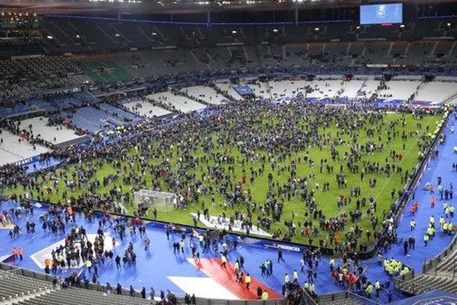 Three killed in Stade de France explosion