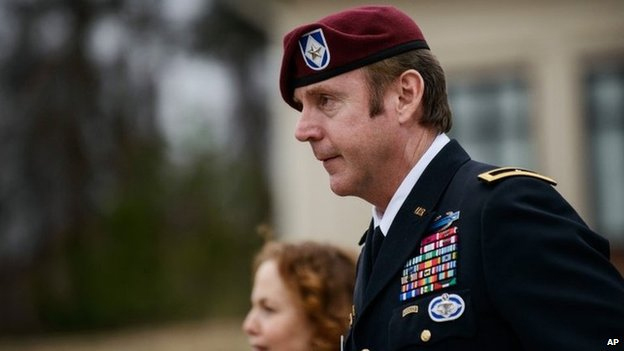 US Army General Jeffrey Sinclair faces assault accuser