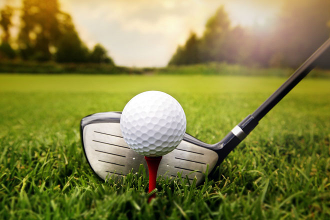 Local Golf Pro assists youngsters