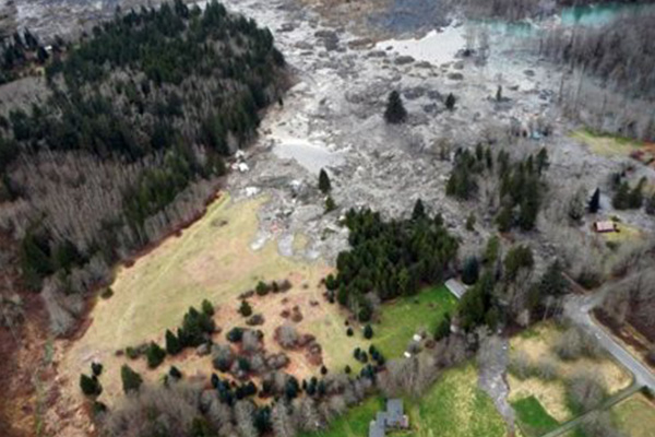 Eight killed, 108 unaccounted for in huge US landslide