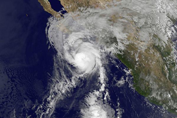 Hurricane Cristobal causes four deaths, churns towards Bermuda