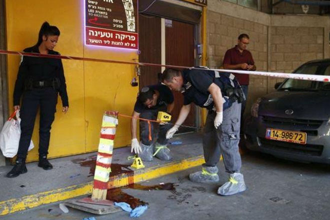 Two Israelis stabbed to death in Tel Aviv