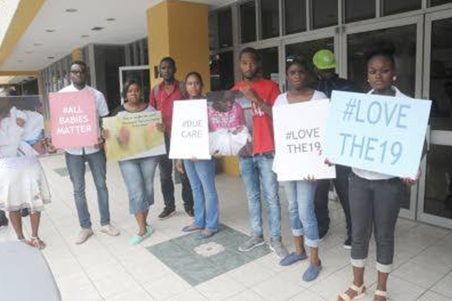 Mothers of dead babies protest as new UHWI board faces press