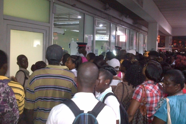 Mad rush at Transport Centre for Smarter Card