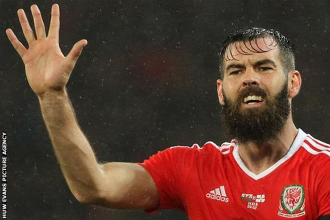 Euro 2016: Wales include Joe Ledley in 23-man squad for Euro 2016