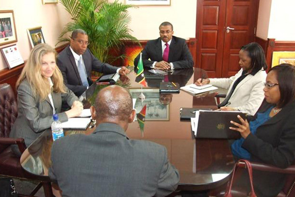 IMF reports St. Kitts and Nevis registers real growth in 2013 with increases in tourism, employment and wages