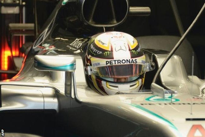 Lewis Hamilton top in Russian GP practice as Sebastian Vettel breaks down