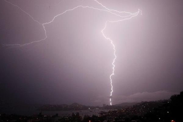 Lightning strike on beach kills 3 in Argentina
