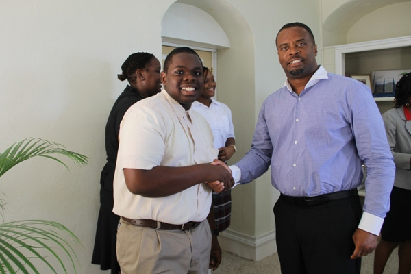 Nevis student to vie for CTO's Caribbean Junior Tourism Minister title; Tourism Minister gives his blessings