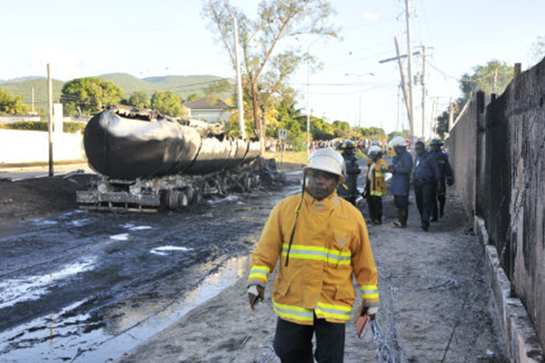 Mona Road St Andrew blocked after tanker fire
