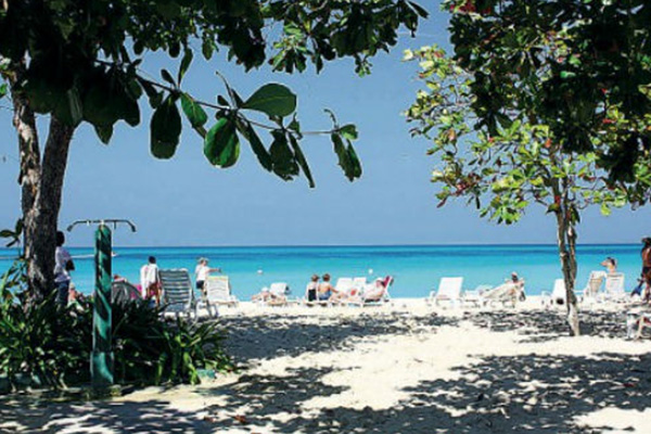 Caribbean 2014 tourist arrivals expected to increase 2-3%