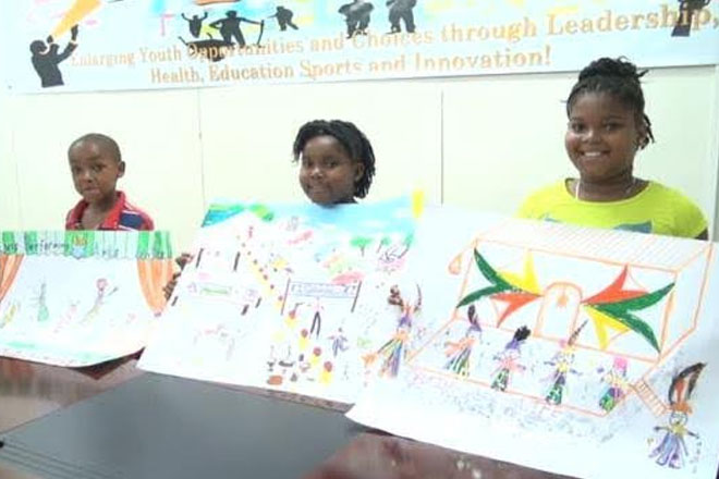 Budding winning artists receive prizes from Dept. of Youth and Sport's art contest
