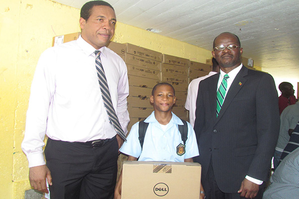 Hon. Patrice Nisbett brings Christmas early for Nevis students