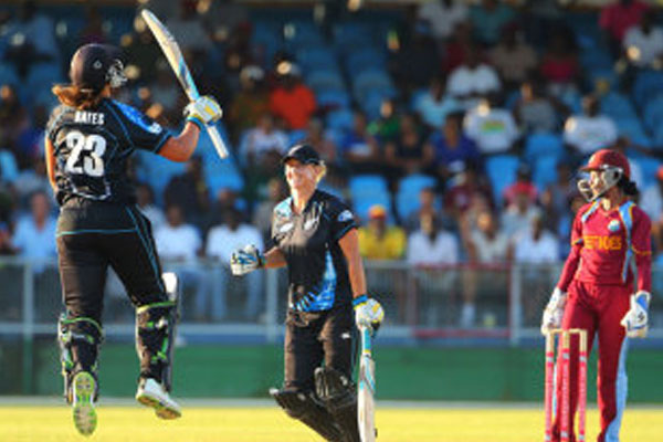 New Zealand edge Super Over to take series