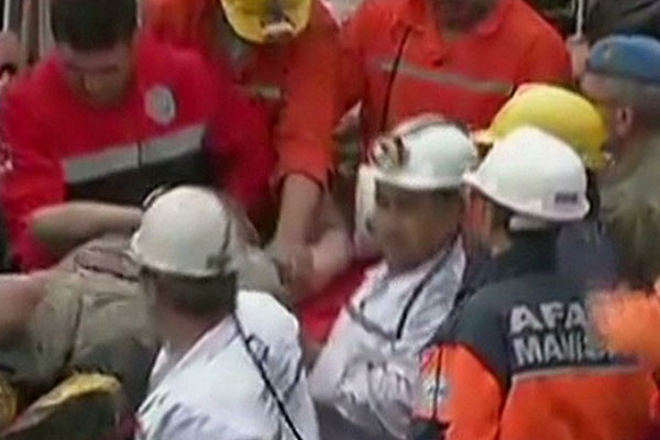 Officials dash hopes of survival after mine fire kills 232 in Turkey