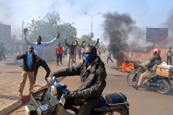 At least seven churches torched in Niger anti-Charlie Hebdo riots