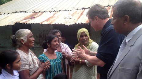Sri Lanka: Cameron urges leaders to 'bring country together'