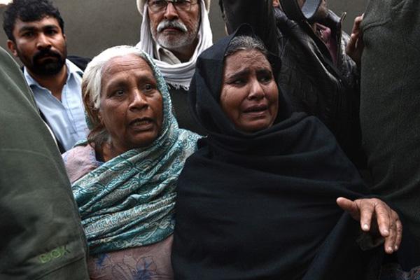 Market attack kills 13 near Pakistani Army headquarters in Rawalpindi