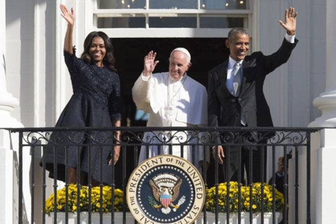 After warm White House welcome, pope heads to Congress