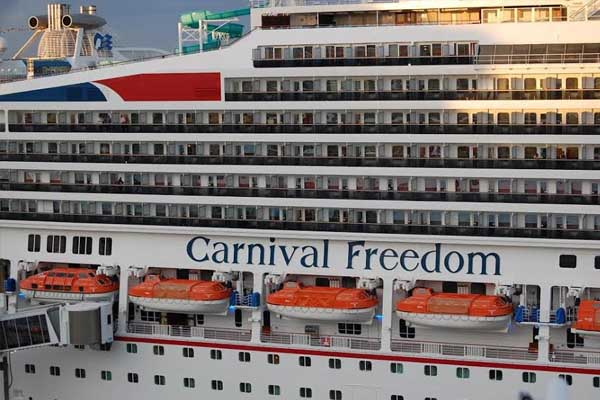 Double digit increase in cruise ships and cruise passengers to St. Kitts' Port Zante