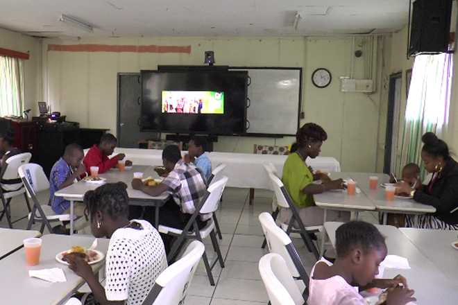 Police Host Christmas Luncheon for Children