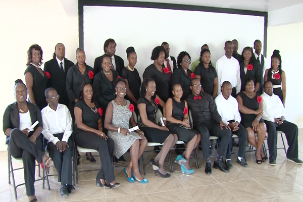 Civil Servants Graduate from Training Course