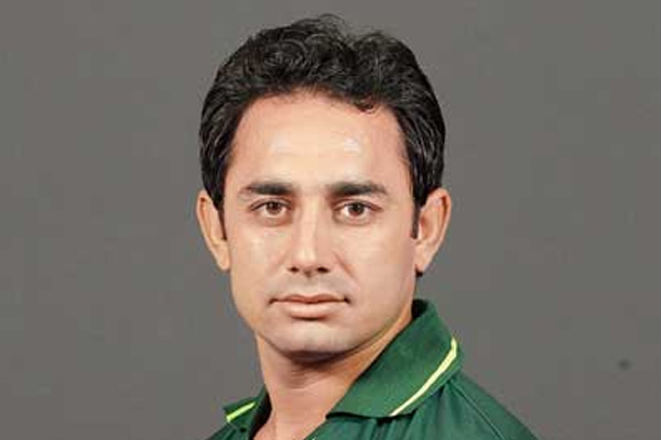 Saeed Ajmal banned from bowling