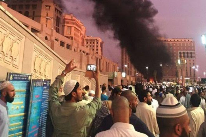 Medina bombing: Saudi clerics denounce Prophet's Mosque attack