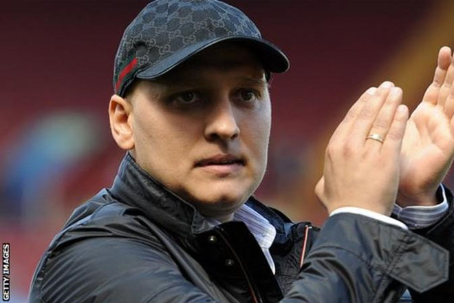 Stiliyan Petrov training to play again after cancer fight