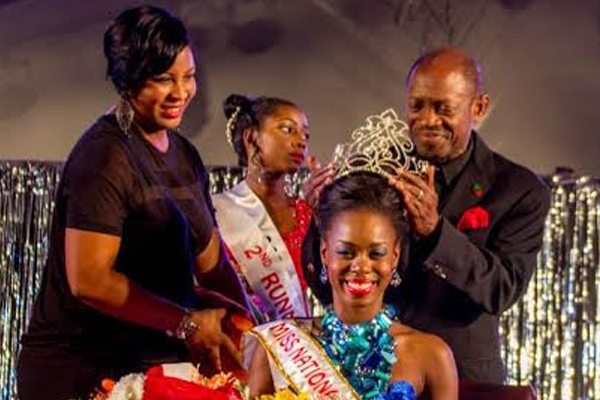 PM Douglas crowns Tishima Browne, Ms. St. Kitts and King Astro, Monarch