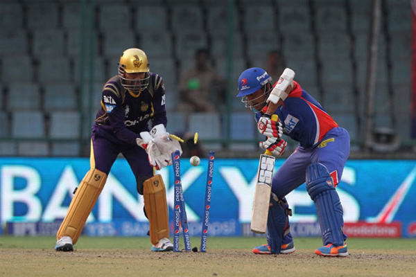 Brilliant Narine intervenes as KKR win