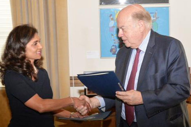 OAS and Suriname sign agreement to observe May 25 elections