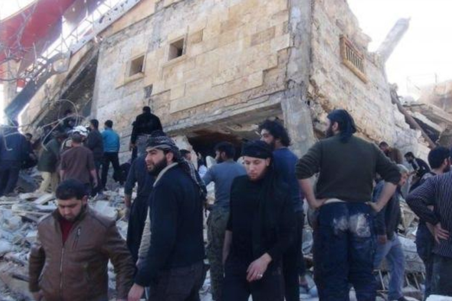 Syria crisis: Strikes on hospitals 'war crimes'
