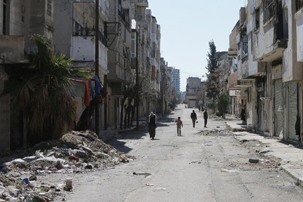 Truce in key Syrian city of Homs goes into effect