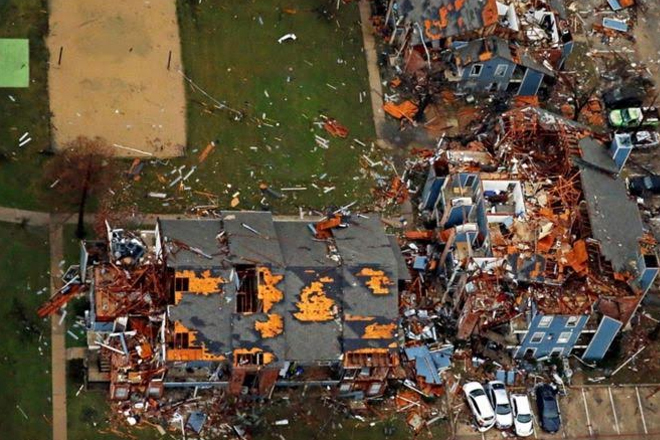 Dozens dead in US Christmas storms