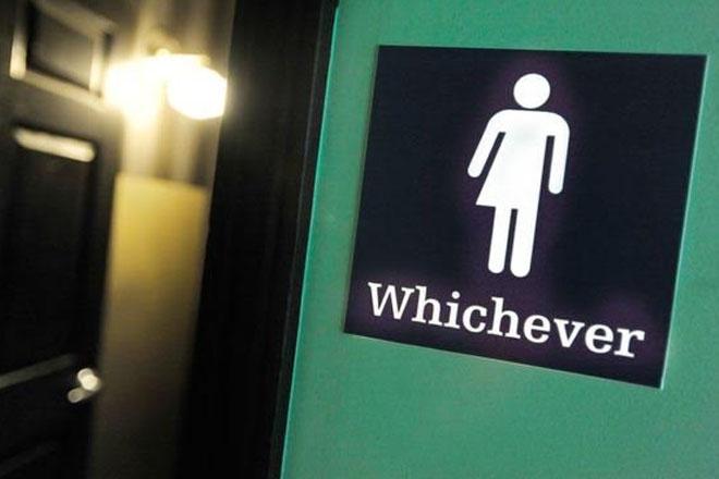 Transgender toilet use: US schools 'must respect gender identity'