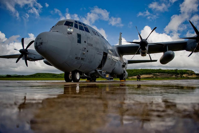 """U.S. Air Force reserve """"Hurricane Hunter"""" Aircraft destined to St. Kitts!"""