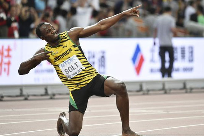 Usain Bolt wins gold in 200 meters; Allyson Felix takes 400