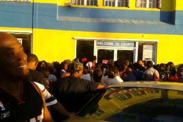 Shoppers Take Advantage of VAT Day