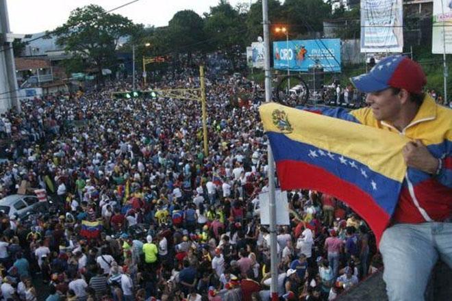 Venezuela election: Opposition 'supermajority' confirmed