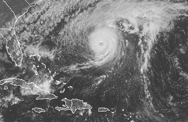 Bermuda prepares for a direct hit from Hurricane Nicole