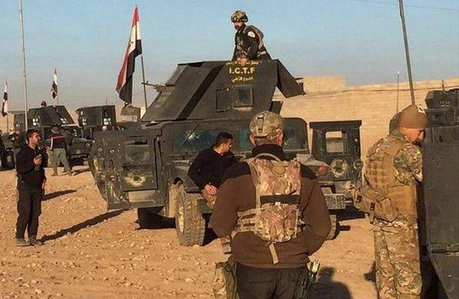 Mosul battle: Iraqi army fights its way into new suburb