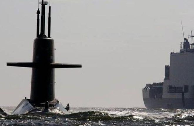 Russia ships 'chase away' Dutch submarine in Mediterranean